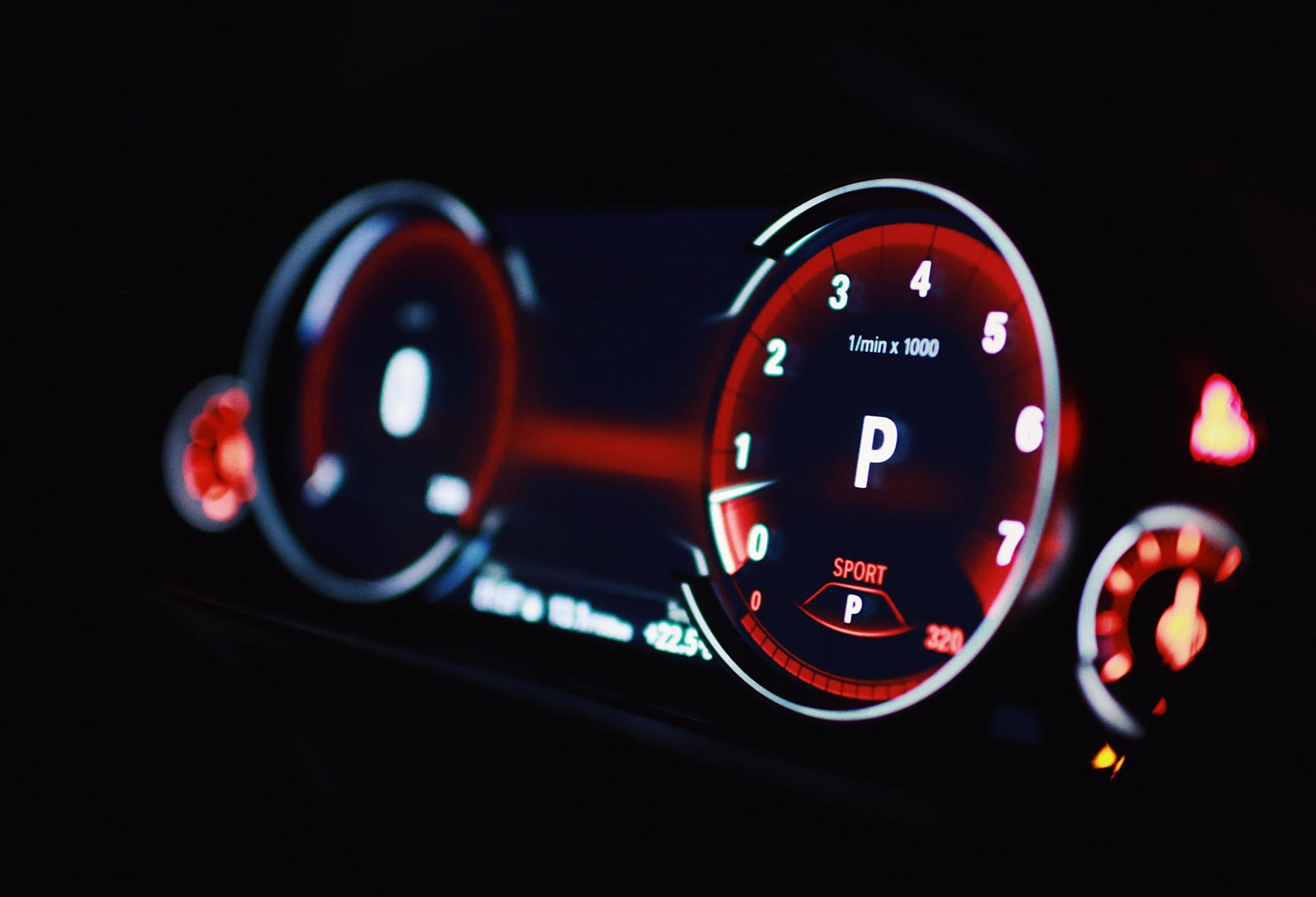 Top 10 Sportcar Dashboards